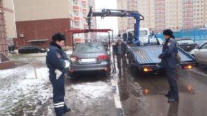 Эвакуация транспортного средства на штрафстоянку за неправильную парковку в 2019 году