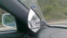 Использование зеркала для обгона для праворульных машин
